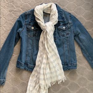 White and silver scarf